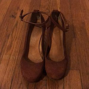Madewell Suede High Gate Pump
